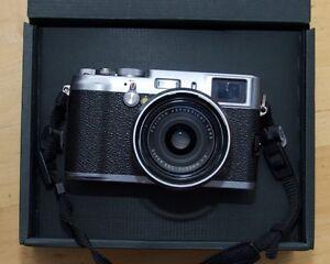 Fujifilm X100 Condition A1 avec flash EF-20!