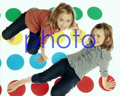 MARY KATE & ASHLEY OLSEN #32,8x10 PHOTO,closeup,FULL HOUSE,two of a