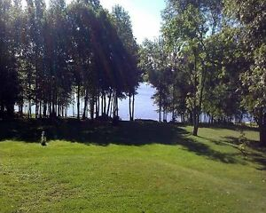 4 ACRES WITH 250FT OF WATER-FRONTAGE!!!