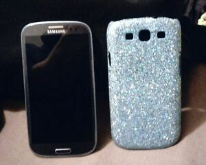 Unlocked Samsung Galaxy S4-BARELY USED!!