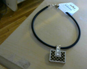 Ladies Black Rope Necklace with Nice Purse Pendant[new]