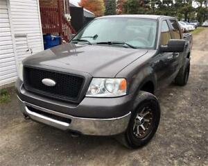 2006 Ford F-150 XLT SUPERCREW 4X4 206,000KM ! PROPRE !
