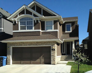 = PRICE REDUCED = EXECUTIVE HOUSE AT ASPEN WOODS SW