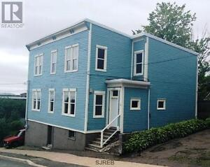 Spacious, Uptown 3-bedroom (or 2-bdrm + large office)