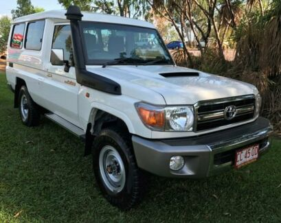 2014 Toyota Landcruiser VDJ78R MY13 GXL Troopcarrier White 5 Speed Manual Wagon
