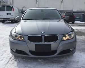 2011 BMW 3-Series 323i Luxury Package, Fully Loaded