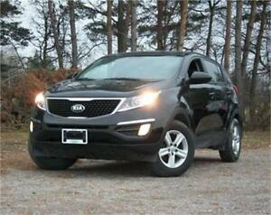 2015 Kia Sportage Heated Seats|Keyless Entry|AC|6-Speed Manual