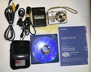Sony Digital Camera, 2 Batteries, 6GB-Cards &Case Good Condition