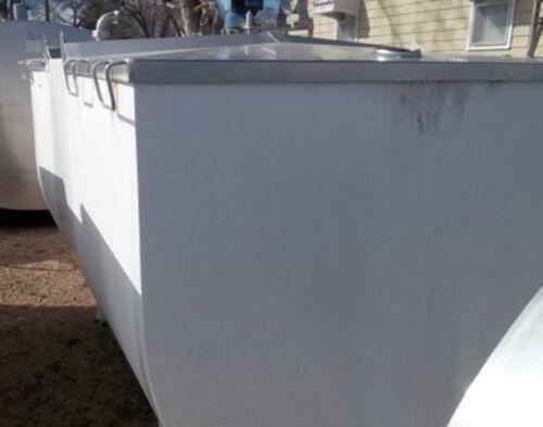 Delaval 1000 Gallon Stainless Steel Flat Top Bulk Milk Tank