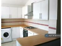 6 bedroom house in Brailsford Road, Manchester, M14 (6 bed)