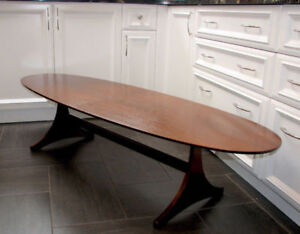 Retro Midcentury Table de Salon ovale