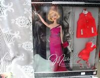 BLONDE MARILYN MONROE,HOW TO MARRY A MILLIONAIRE 2 OUTFITS NIB