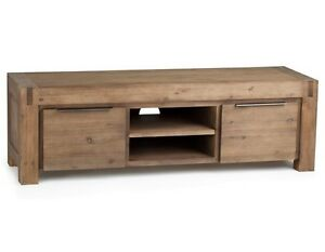 Looking for/ recherche (structube Hamburg) table + media stand