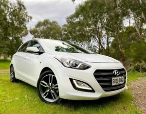 2016 Hyundai i30 GD5 Series II MY17 SR Polar White/black & 6 Speed Sports Automatic Hatchback Reynella Morphett Vale Area Preview