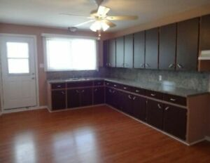 Bright,spacious 2 bedrooms for rent