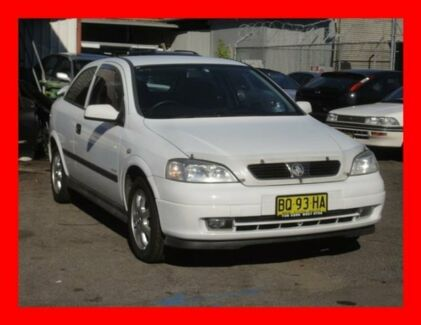 2002 Holden Astra TS Equipe White 5 Speed Manual Hatchback