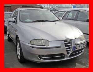 2004 Alfa Romeo 147 2.0 Twin Spark ** Low 124,000 Kms * 5 Speed Manual Hatchback Granville Parramatta Area Preview