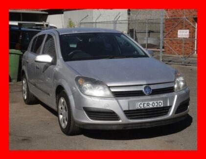 2004 Holden Astra AH CD *** Cheap !!!!! *** 5 Speed Manual Hatchback