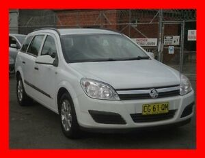 2006 Holden Astra AH MY06.5 CD White 5 Speed Manual Wagon Granville Parramatta Area Preview