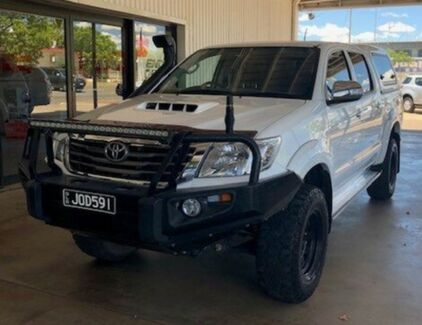2015 Toyota Hilux KUN26R MY14 SR5 Double Cab White 5 Speed Manual Utility Miles End Mt Isa City Preview
