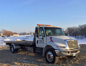 2002 International 4300 Rollback Tow Truck