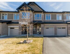 Kanata Lakes Luxury Townhouse for Rent, Built in 2014