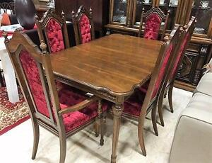 Fabulous Vintage Style Dining Table Set