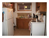 BEAUTIFUL 3 BEDROOM - READY NOW!