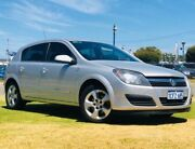 2006 Holden Astra AH MY06 CDX Silver 4 Speed Automatic Hatchback Maddington Gosnells Area Preview