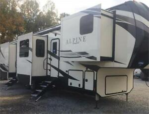 The Alpine 3800 is the perfect retreat home on wheels!