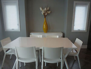Crate & Barrel high gloss table & chairs/ matching sideboard