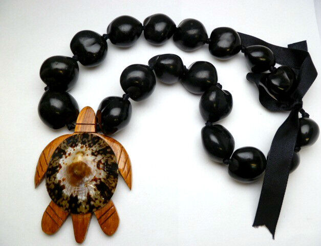 NEW Hawaii Wedding / Graduation Kukui Nut Lei Turtle Jewelry Necklace ~ 31128