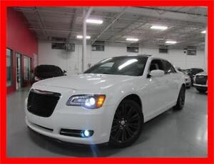 2012 CHRYSLER 300S *BACKUP CAM,PANO ROOF,BLUETOOTH,LOADED!!!*