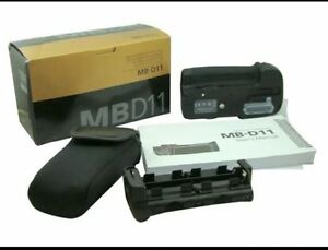 For sale!! Official Nikon battery grip for D7000