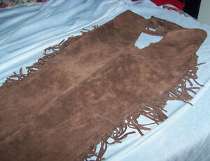 CHAPS BROWN SUEDE LEATHER HARDLY USED