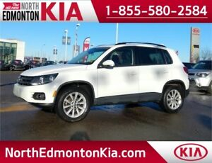 2015 VW Tiguan 2.0T 4Motion. **LEATHER-SUNROOF**