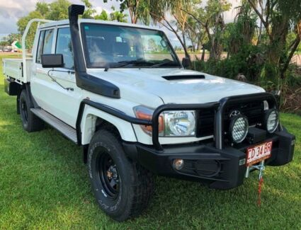 2015 Toyota Landcruiser VDJ79R Workmate Double Cab White 5 Speed Manual Cab Chassis Berrimah Darwin City Preview