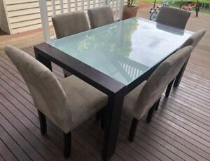 Excellent Modern Fantastic Furniture DINING SUITE Table 6 Chairs