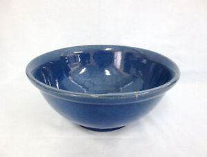Medalta Size 10 Blue Rolled Rim Mixing Bowl