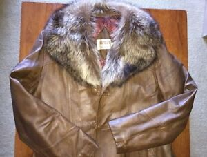 Sidney's Retro Fur/Leather Coat - Mobster Costume