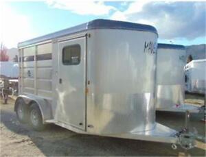 2018 Maverick 2 Horse Slant Load All Aluminum w. Plexi and Dress