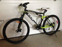 CCM adult bike, DISC brakes