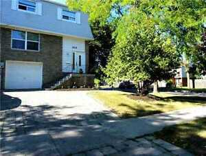 4 bdrm. upper levels for rent in Pickering! Great Location!