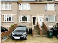 Central Edinburgh home for rent with garden and parking