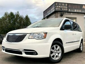 2012 Chrysler Town & Country Touring *ONLY 131k KM* Certified!