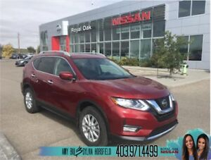 2018 Nissan Rogue SV Moonroof Package ** Save From New **