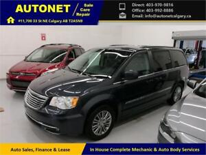 2014 Chrysler Town&Country/B-Cam/Heated Leather/Powered Doors