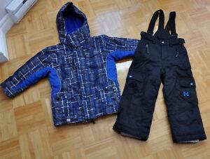 Vêtements pour garçon 4-5-7 ans