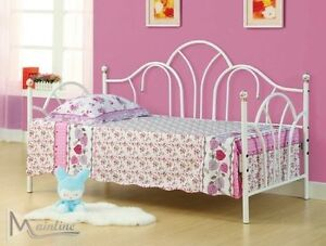 Girl's Day Bed