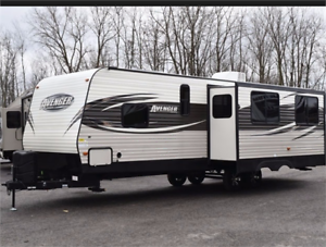 FOR RENT: 28' Travel Trailer